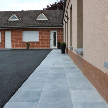 Dalle de beton exterieur gallery of dalle bton ultralite for Dalle beton colore exterieur